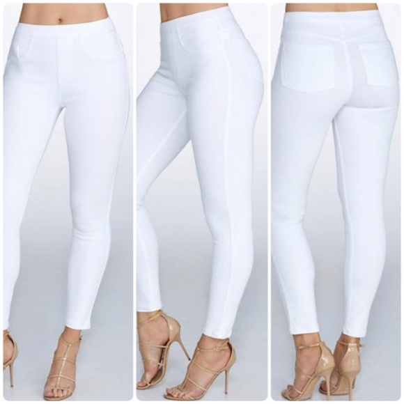 f56c14580a1 SPANX Jean-ish Ankle Leggings NWT White 20018R